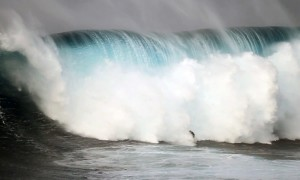 Jeff Rowley Big Wave Surfer wipeout Photo Jaws Peahi by Xvolution Media