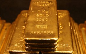 Why Are The Banksters Telling Us To Sell Our Gold When They Are Hoarding Gold Like Crazy