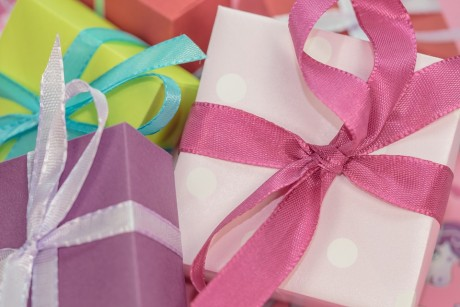 christmas-gifts-public-domain