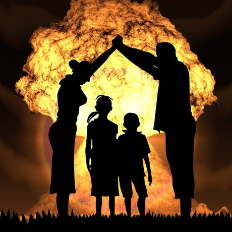 nuclear-war-family-public-domain